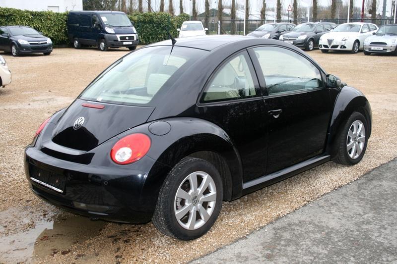 Tweedehands volkswagen new beetle garage claeys cars for Garage volkswagen 33
